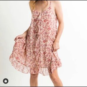 Adorable flowy front ruffle dress